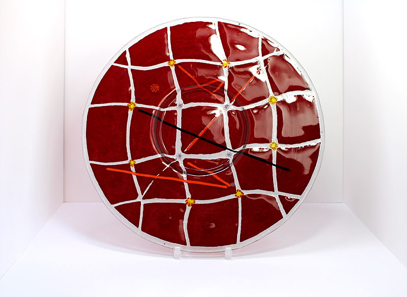 © KLArt.co.uk Red Checkers Glass Plate